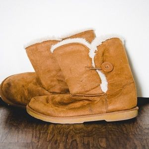FUGGS - comfier than Uggs in my opinion